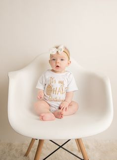 6 Month Milestone Photos by Amanda Puskar Photography