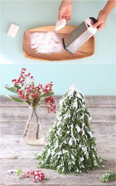 5 Minute DIY Snow Flocking: Best Easy $1 Recipe