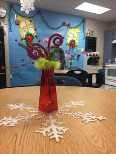 The Grinch Who Stole Christmas party decorations for teachers lounge ...