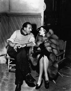 Fritz Lang e Marlene Dietrich durante una pausa sul set di Rancho Notorius, 1952