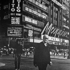 São Paulo, Brasil. 1980. Cristiano Mascaro. Old Pictures, Old Photos, Cristiano Mascaro, Cidades Do Interior, Nostalgia, My Town, Old City, Past, Street View