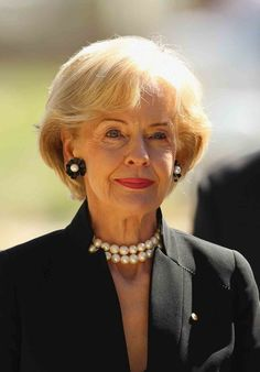 One of Vogue's most inspirational women of 2013 - Quentin Bryce, Australia's first female Governor General. (now retired) Beautiful Old Woman, Advanced Style, Ageless Beauty, Aging Gracefully, Old Women, Strong Women, Sexy, Vogue, Stylish