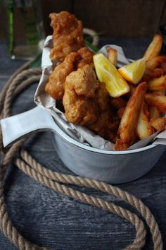 The Lord of the Rings: Samwise Gamgee's Fish and Chips – Feast of Starlight – Best Sea Food Most Popular Recipes, Favorite Recipes, Seafood Recipes, Cooking Recipes, Fish Recipes, Cooking Ideas, Dinner Recipes, Chips Recipe, Food Themes