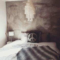 Master Bedroom- instagram engersandra My House, Master Bedroom, Furniture, Instagram, Home Decor, Master Suite, Homemade Home Decor, Master Bedrooms, Home Furnishings