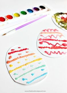 Salt Painting Patterned Eggs - Process Art for Kids to explore colors and patterns, an Easter Math Learning Station. Science Activities For Kids, Easter Activities, Spring Activities, Preschool Crafts, Easter Crafts, Steam Activities, Classroom Activities, Learning Activities, Classroom Ideas