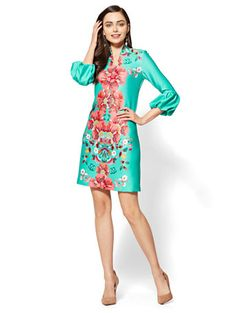Shop Floral Shift Dress. Find your perfect size online at the best price at New York & Company.