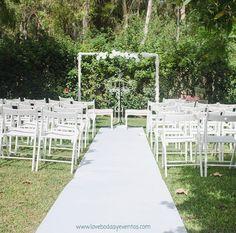 ¡Vamos a echarle ganas a la semana! Nosotras tenemos un poquito de todo: reuniones con nuevos proveedores, visitas, reus de coordinación con #lovers y visitas de nuevos #Lovers, la prueba de menú de MA+R y no se cuantas cosas más.  ¡Comenzamos!  LOVE #love #amor #ceremonia #maestroceremonia #deco #decor #design #destinationwedding #destinationweddingplanner #happy #handmade #hardwork #wedding #weddingplanner #Cádiz #lunes #monday #inspiration #magia #handmade