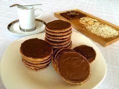zabpelyhes keksz recept, egyszerű, gyorsan elkészíthető és finom, recept fázisfotókkal, Kocsis Hajnalka receptje Cookie Recipes, Dessert Recipes, Desserts, Creative Cakes, Winter Food, Health Eating, Cake Cookies, No Bake Cake, Biscuits