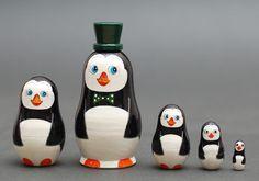 Penguins Nesting dolls matryoshka set  of  5 pc EXCLUSIVE Free Shipping plus free gift!