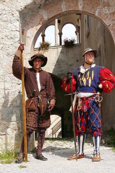 Landsknecht halberdier and doppelsoldner Renaissance Clothing, Italian Renaissance, Historical Clothing, Historical Dress, Conquest Of Mythodea, Mens Garb, Dark Fairytale, Gn, Live Picture