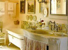 Provence rental for 9 people  http://www.theluberon.com/rentals/ls/le-thor/9/mas-de-la-rose