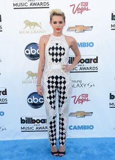 Miley Cyrus - Jumpsuits - Star-Trend - Fashion - GLAMOUR Nederland