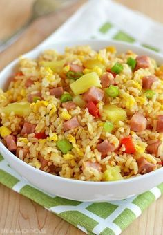 Hawaiian Fried Rice - Life In The Lofthouse. Best homemade fried rice I've ever made or had! Side Dish Recipes, Rice Recipes, Asian Recipes, Dinner Recipes, Cooking Recipes, Arabic Recipes, Cooking Tips, Budget Recipes, Recipies