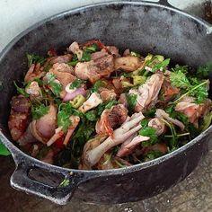 > #Jaraguenses en parranda y a preparar un pollito en coco  #polloencoco