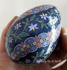 Turkey Farm, Badge Creator, Ukrainian Easter Eggs, Natural Vitamins, Egg Art, Cool Photos, Interesting Photos, Easter Crafts, Painted Rocks