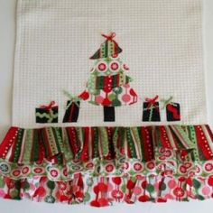 Retro Christmas Dishtowels {sewing}