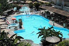 Griekenland Kos Kos-stad  Ligging:Peridis Family Resort ligt op ongeveer 700 meter afstand van het strand. Het gezellige centrum van Kos-stad ligt op ongeveer 1 kilometer. Het openbaar treft u op circa 150...  EUR 345.00  Meer informatie  #vakantie http://vakantienaar.eu - http://facebook.com/vakantienaar.eu - https://start.me/p/VRobeo/vakantie-pagina