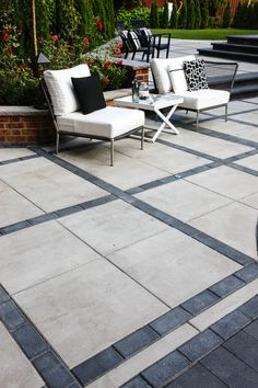 Large-scale, ultra-smooth texture and fine lines best describe the all-new Para HD Patio Slabs. Small Backyard Patio, Backyard Patio Designs, Back Patio, Backyard Landscaping, Backyard Ideas, Modern Patio Design, Concrete Patio Designs, Paver Designs, Stone Patio Designs