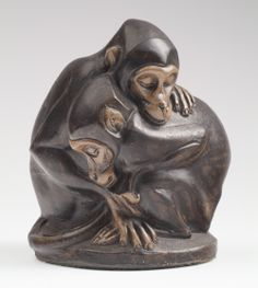 Just one last loving couple to become in the mood for today. These two stoneware monkeys are from the collection of Helene Kröller-Müller. These two monkeys, asleep in a warm embrace are made by Jospeh Mendes da Costa (1908). Have a happy Valentine's Day!  #Valentine #Monkeys #KrollerMuller