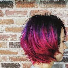 WEBSTA @ mi__co3 - ✂ (º∀º) ✂黒毛残しのブリーチ⇒バイオレット、ピンク、ローズのグラデーションカラー#いつもありがとうございます#マニパニ #ヘアカラーチェンジ#アンズヘアー #ショートボブ #ヘアカラー#斬新 #pink #hairstyle #instajapan#instahair #cute #lovely #Japanese#北堀江 #堀江 #andshair #美容室