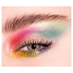 A bit of 80's #colourclash #eyeshadow #beauty #brows #makeup #beautydetails