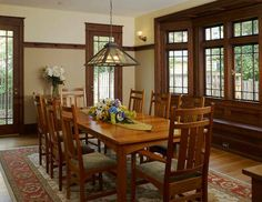 "Old-House Renovation: ""Squarely Historic"" Craftsman Dining Room, Craftsman Furniture, Craftsman Interior, Craftsman Style Homes, Craftsman Bungalows, Craftsman Houses, Home Renovation, Home Remodeling, Bathroom Remodeling"