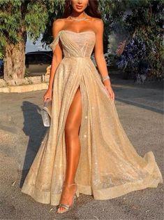 Pinterest: SueThoughts Sparkly Prom Dresses, Pretty Prom Dresses, Gala Dresses, Elegant Dresses, Homecoming Dresses, Beautiful Dresses, Formal Dresses, Teen Dresses, Slit Prom Dresses