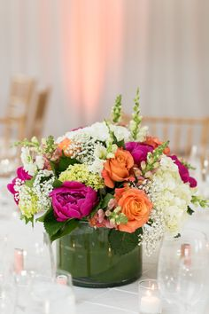 Bright Color Centerpiece | photography by http://www.charlie-juliet.com/