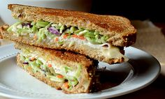 #Coleslaw #Sandwich: Plain cold Sandwich with #vegetable coleslaw in center https://goo.gl/dyjVal