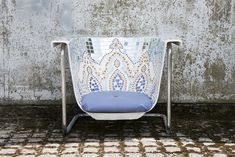 Chair made from an old iron bathtub. Love the tilework and the metal frame. Feinripp.net » I AM NOT A BATH: Upcycling by Helen Stephenson