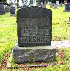 Funny Headstones Names | 28 Headstones That Will Make You Laugh | SMOSH