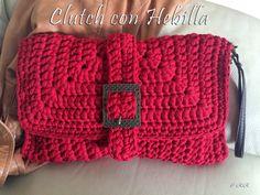 El Rinconcito de Ra: Clutch con hebilla Crochet Clutch Pattern, Bag Crochet, Crochet Handbags, Crochet Purses, Love Crochet, Crochet Hats, Diy Crochet Projects, Knitting Patterns, Crochet Patterns