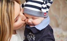 Zanim przyjdzie na świat, wyobrażasz już sobie jak wygląda, kim będzie. Zanim pogłaszczesz swoje dziecko po głowie i je przytulisz – rozmawiaj z nim, przekazuj wiadomość, że jest oczekiwane. Fot. Pixabay.com Kiedy noworodek przychodzi na świa