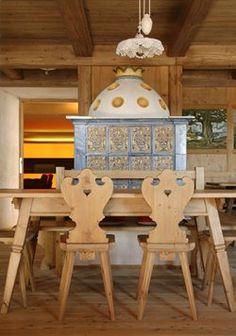Vigilius Mountain Resort by Matteo Thun Swiss! Chalet Interior, Modern Interior, Interior Architecture, Bungalows, German Decor, Chalet Design, Alpine Style, Swiss Chalet, Build A Closet