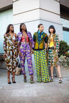 New York Fashion Week street style African Dresses For Women, African Attire, African Wear, African Women, African Inspired Fashion, African Print Fashion, Fashion Prints, African Prints, New York Fashion Week Street Style