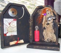 AlTeReD ArT  BiTTerCuPs MeNaGeRiE OOAK by SauvageRavenCreation, $25.00