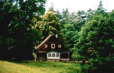 European House, Good House, Small Houses, Cottages, Poland, Cabin, Traditional, House Styles, Places