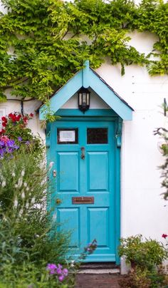 #Doors from around the world ideas for your #renovation project - Lewes, East Sussex, England - blue door.. http://www.myrenovationmagazine.com