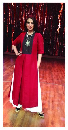 Sonali Bendre in payalkhandwala Linen Kurta and Linen Palazzo