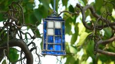 Stained Glass #DoctorWho Tardis $25 - via http://blog.newsarama.com/category/features/etsy-made-me-do-it/