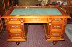 Desk, historism, walnut, 1880 - 93 cm x 134 cm x 76 cm (h x w x d), www. Desks, Antique Furniture, Corner Desk, Antiques, Home Decor, Tables, Corner Table, Antiquities, Homemade Home Decor