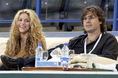Sigue el chismoteo entre Shakira y su ex; ahora él la demanda por 100 millones - Cachicha.com