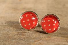 Boucles d'oreilles boutons cabochons de verre par MrAndMrsBeaver Cabochons, Druzy Ring, Etsy, Buttons, I Want You, Ears, Boucle D'oreille, Drinkware, Color