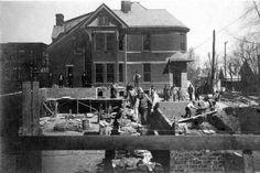 Construction of Brown High School circa 1909.