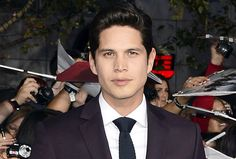 Sons of Anarchy Spinoff Mayans MC Finds Its Leading Man in JD Pardo http://tvline.com/2017/02/23/mayans-mc-jd-pardo-sons-of-anarchy-spinoff-cast/?utm_campaign=crowdfire&utm_content=crowdfire&utm_medium=social&utm_source=pinterest