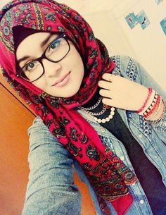 A Beautiful face covers with cute hijab Hijabi Girl, Girl Hijab, Hijab Outfit, New Hijab, Muslim Hijab, Hijab Dp, Islam Muslim, Muslim Girls, Muslim Women