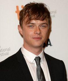 """he look""""s like Leonardo and he smile like Harry Stiles......."""