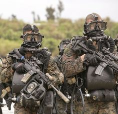 US Marines use rebreather system to stealthily advance toward objective.