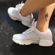 """4,886 curtidas, 12 comentários - hela (@helenamarria) no Instagram: """"white shoes are life """""""
