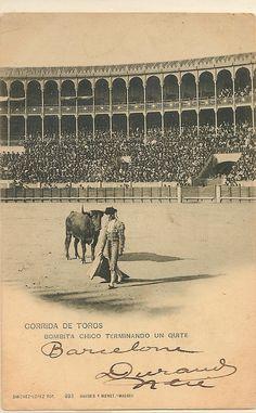 postales taurinas | BOMBITA CHICO TERMINANDO UN QUITE
